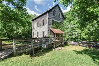 Historic real estate listing for sale in Leoma, TN