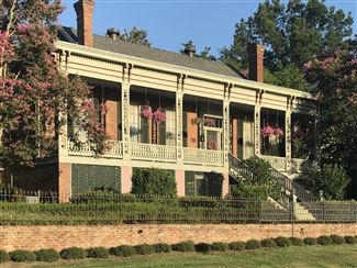 Historic real estate listing for sale in Vicksburg, MS